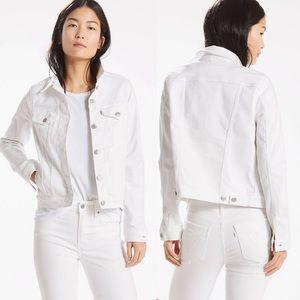 Levi's • Original trucker denim jacket in white